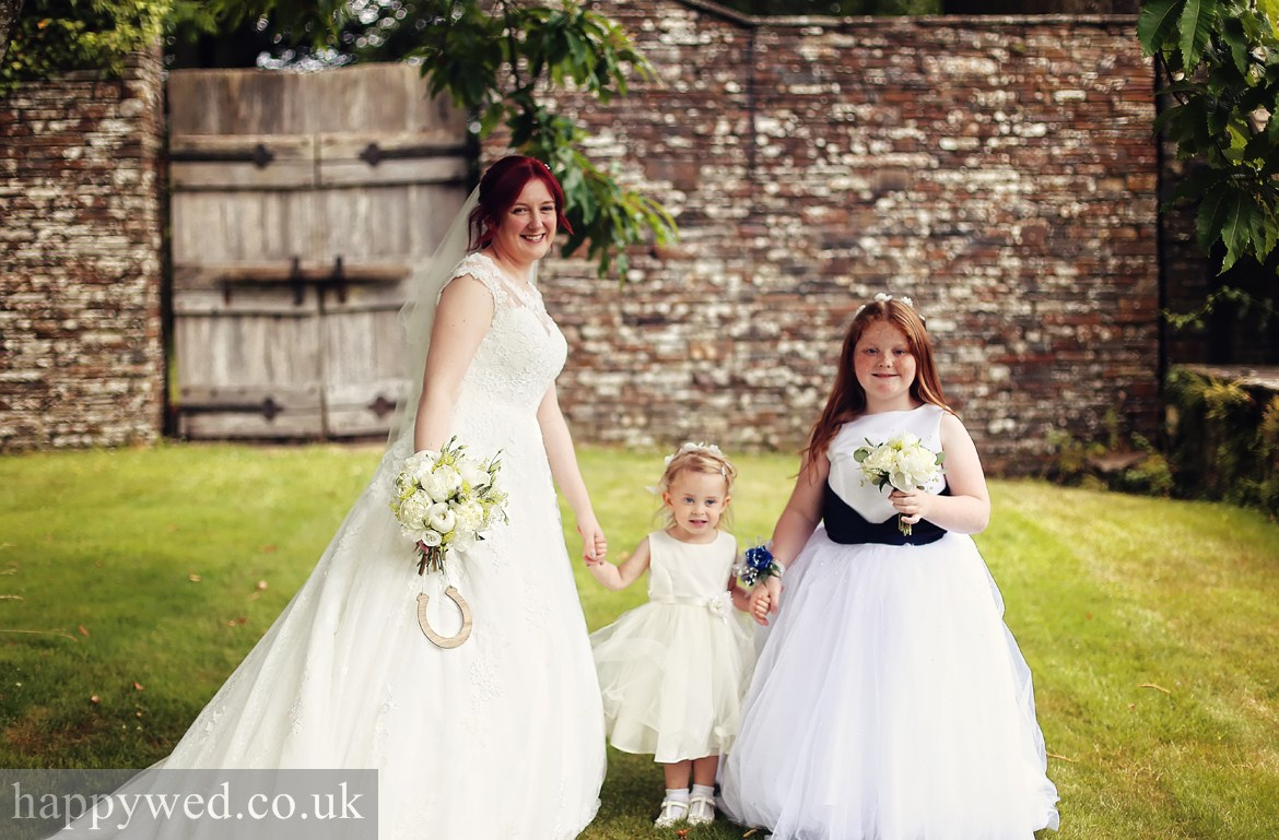 DOCUMENTARY WEDDING PHOTOGRAPHERS SOUTH WALES
