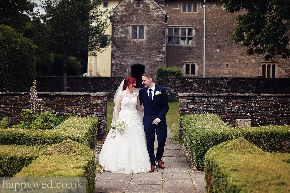 wedding photography Llancaiach Fawr Manor