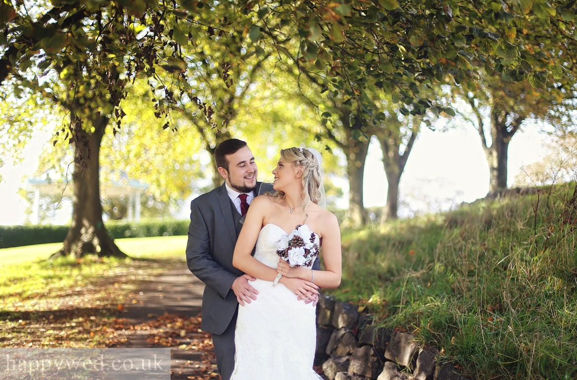 Victoria Park Barry wedding photography