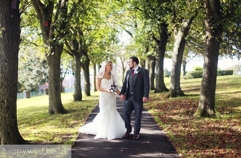 Victoria Park Barry wedding photos