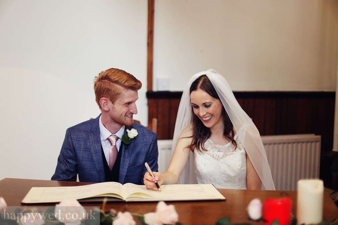 wedding photos Ararat baptist church cardiff