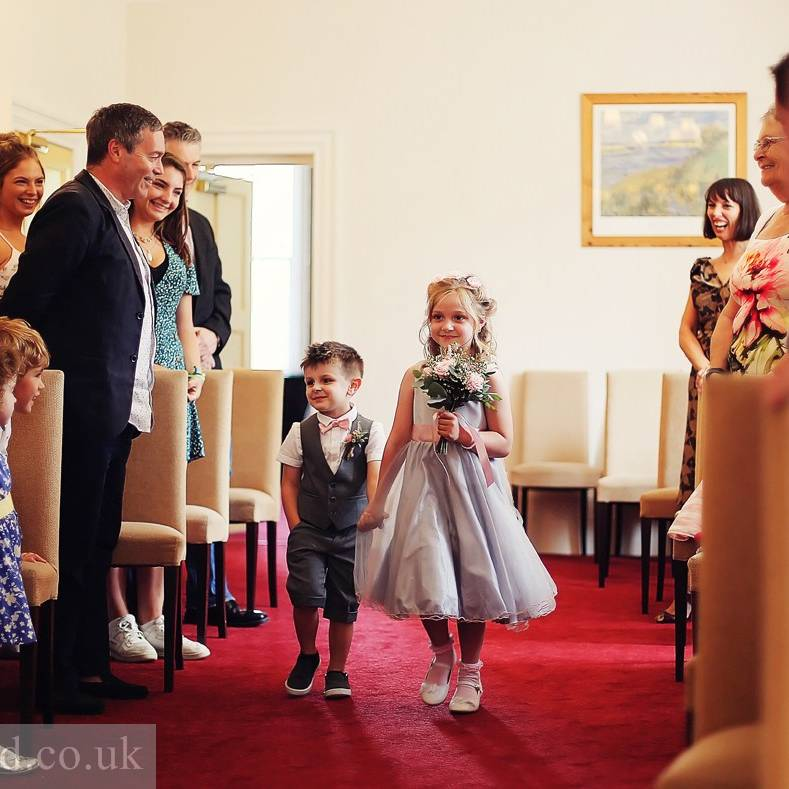 documentary and relaxed natural wedding photography South Wales, Gloucester, Brecon, Bristol