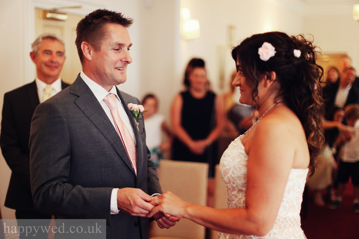 marriage ceremony newport registrar offices