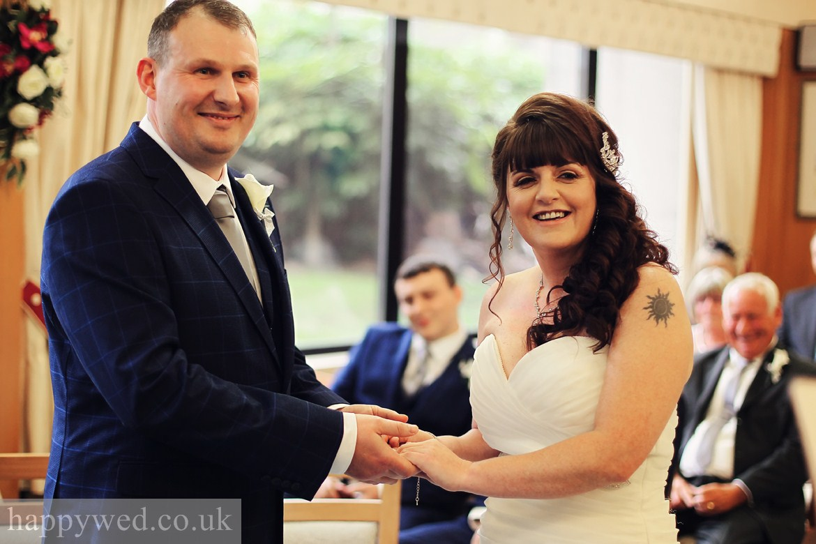 wedding photography Swansea registry offices