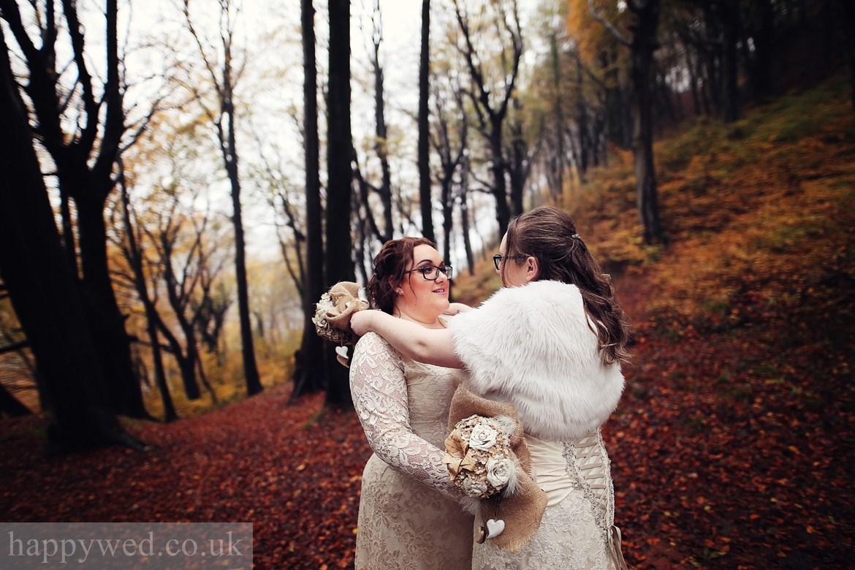 wedding photo Castell Coch